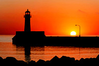 sunrise, lake superior, canal park, duluth, minnesota, light house, beacon